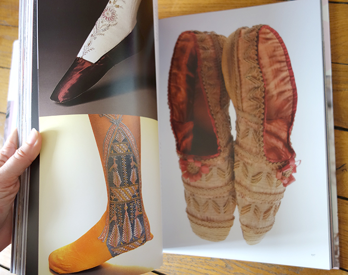 Fashion by Taschen shoes